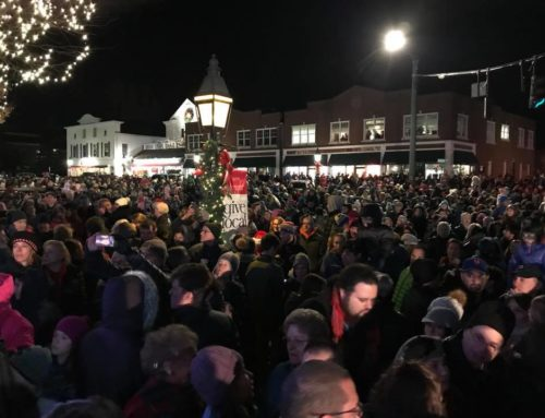 Ridgefield Holiday Stroll at 20: Toy Soldiers, Nutcracker Dancers, Carolers, Scavenger Hunt, and More!